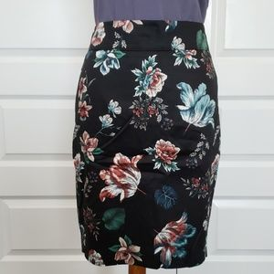 NWT   - Loft Pencil Skirt